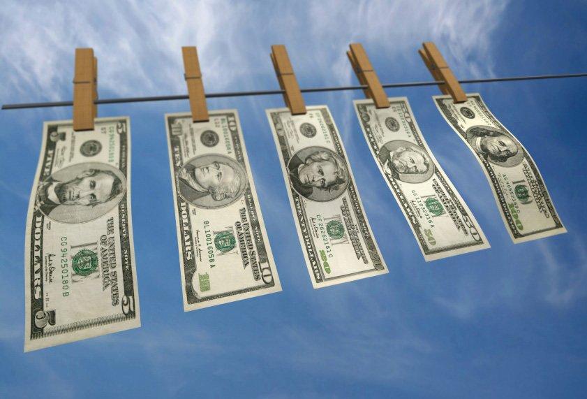 Sonegação fiscal não consiste em infração antecedente da lavagem