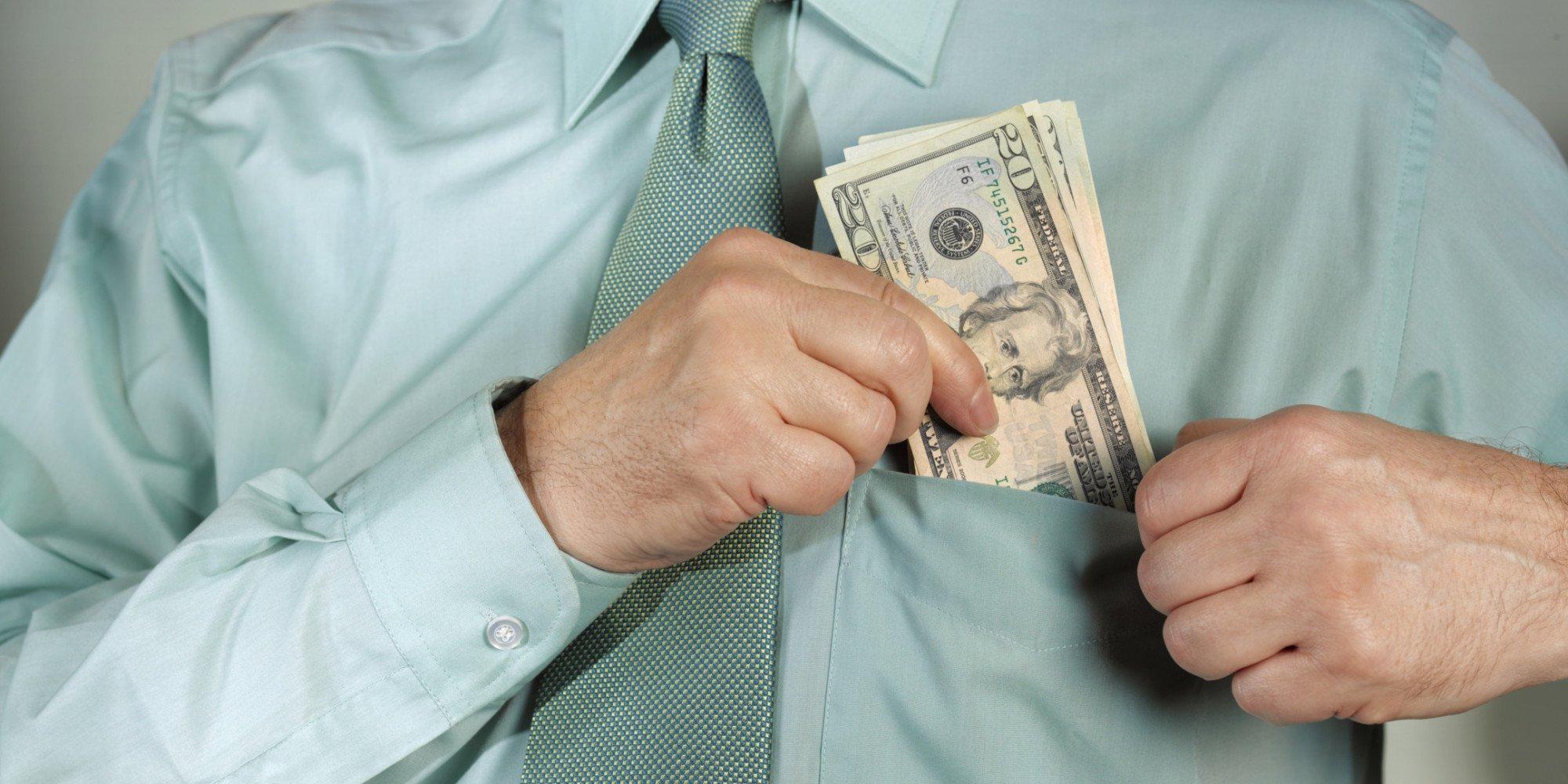 Sonegação fiscal e lavagem de dinheiro
