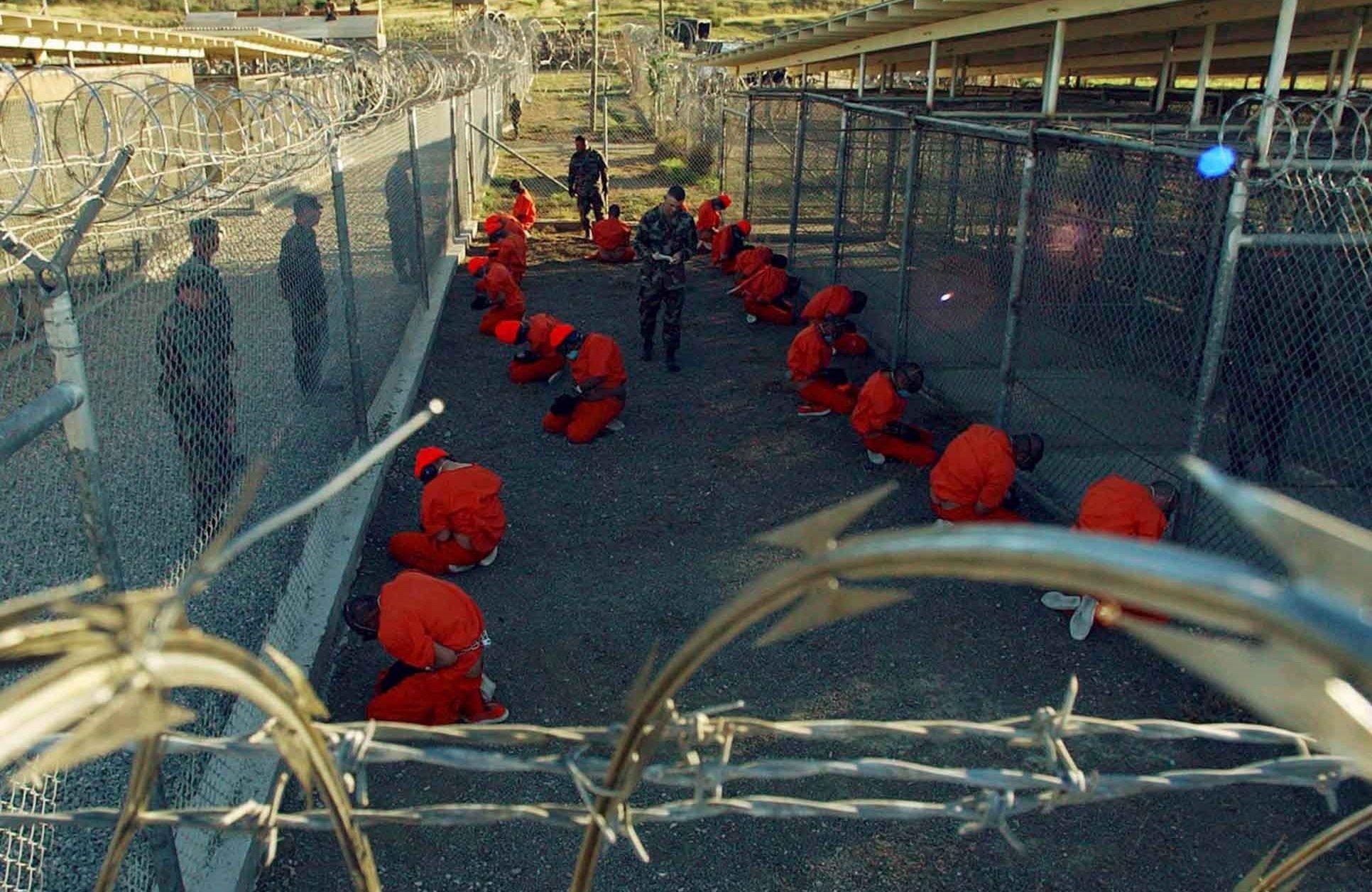 Casa Branca anuncia plano para fechar a prisão de Guantánamo