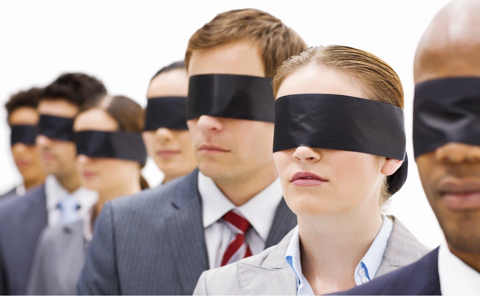 "Adolescentes infratores e ""sociedade colorblind"" brasileira: uma cegueira recíproca?"