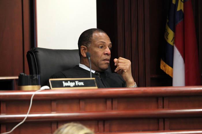 Preso se oferece como doador de medula óssea a juiz que o colocou na prisão