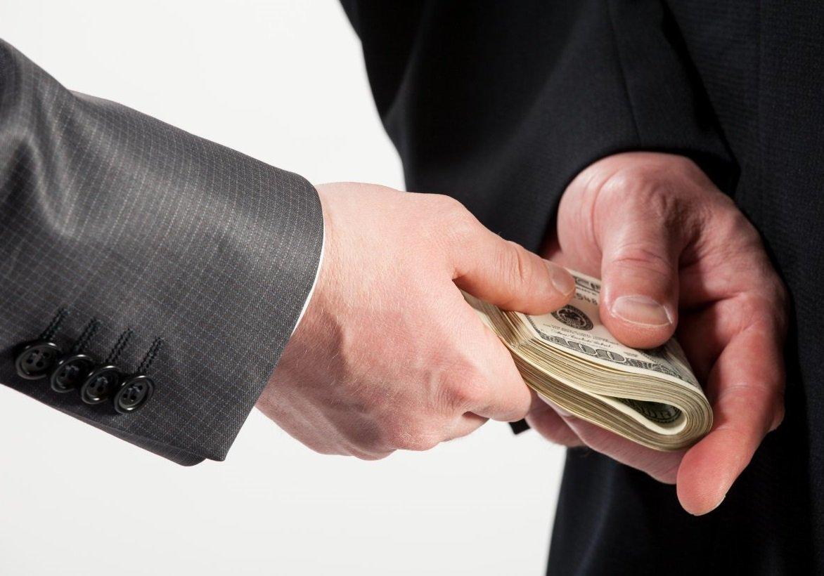 É fácil sucumbir à corrupção!
