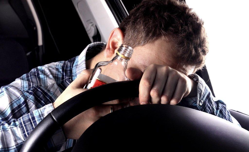Homem é condenado à prisão perpétua por dirigir embriagado nos EUA