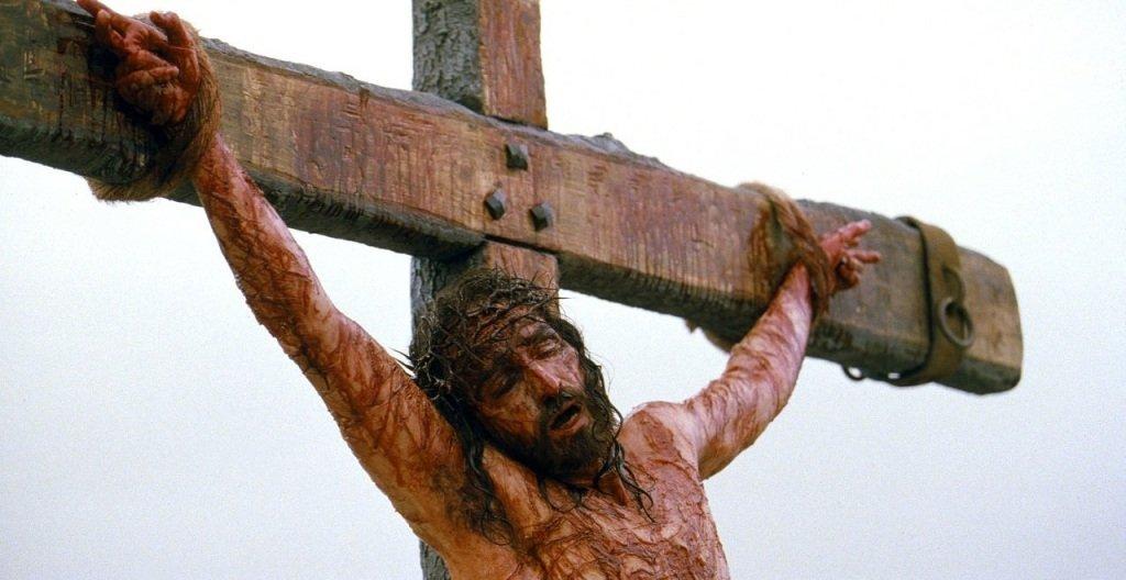 Crucificação e a banalização da violência legitimada
