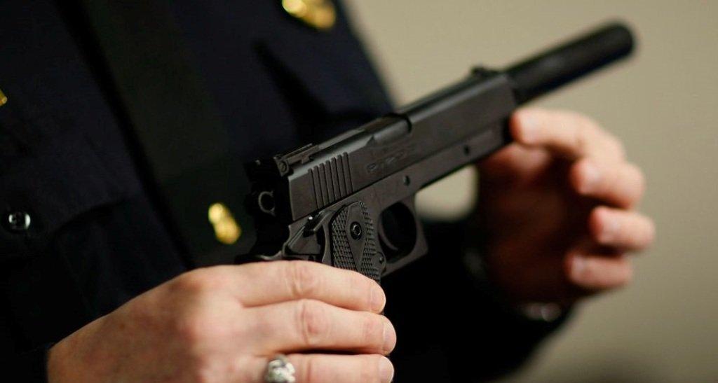 Importação de simulacros de armas de fogo: brincadeira ou penalidade?