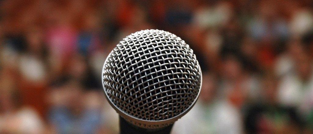 O medo de falar em público e as consequências práticas na advocacia!