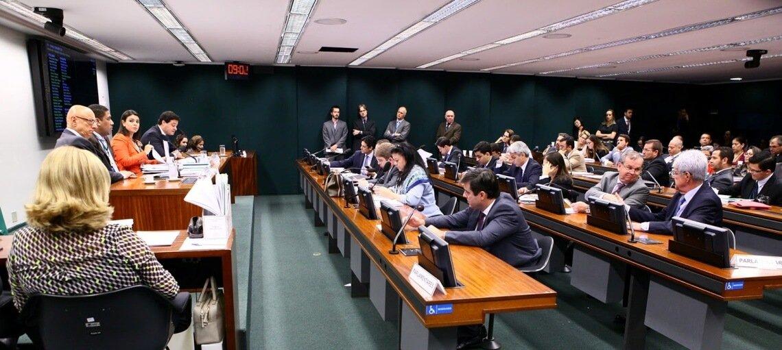 CPI-Ciber: encerrados os trabalhos, iniciados os problemas?