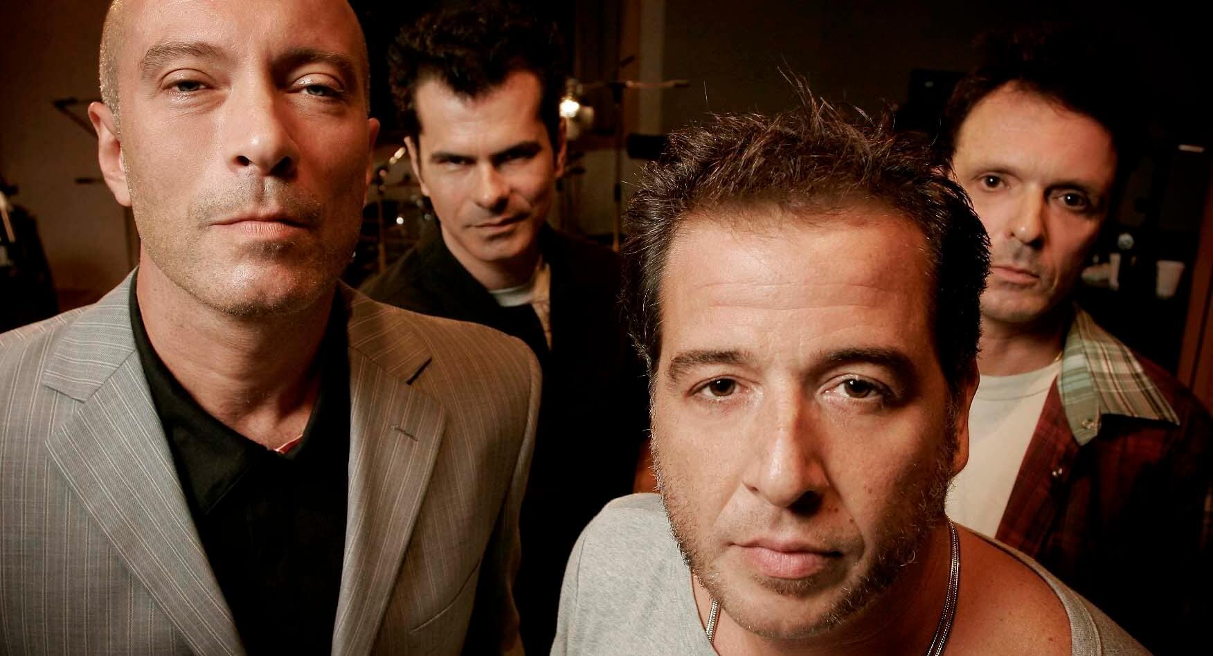 """""""Luz Vermelha"""": uma análise da música da banda Ira!"""