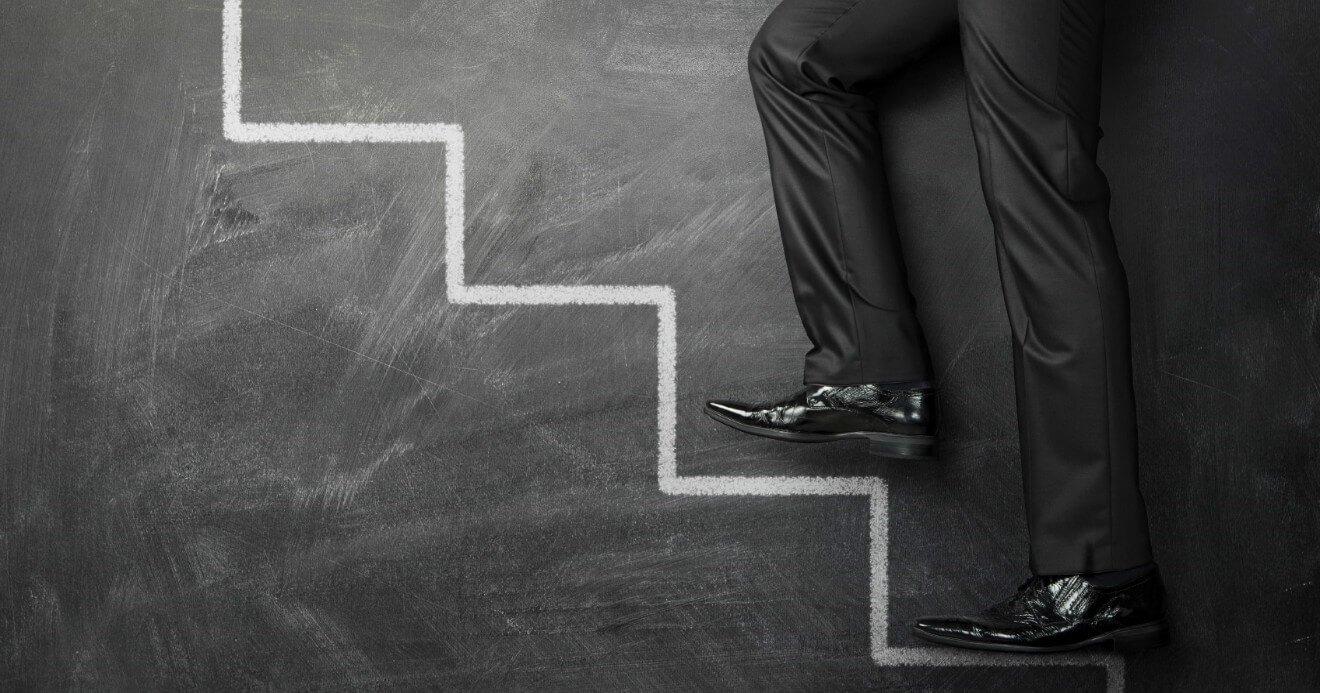 Como iniciar na advocacia criminal em 7 passos fundamentais