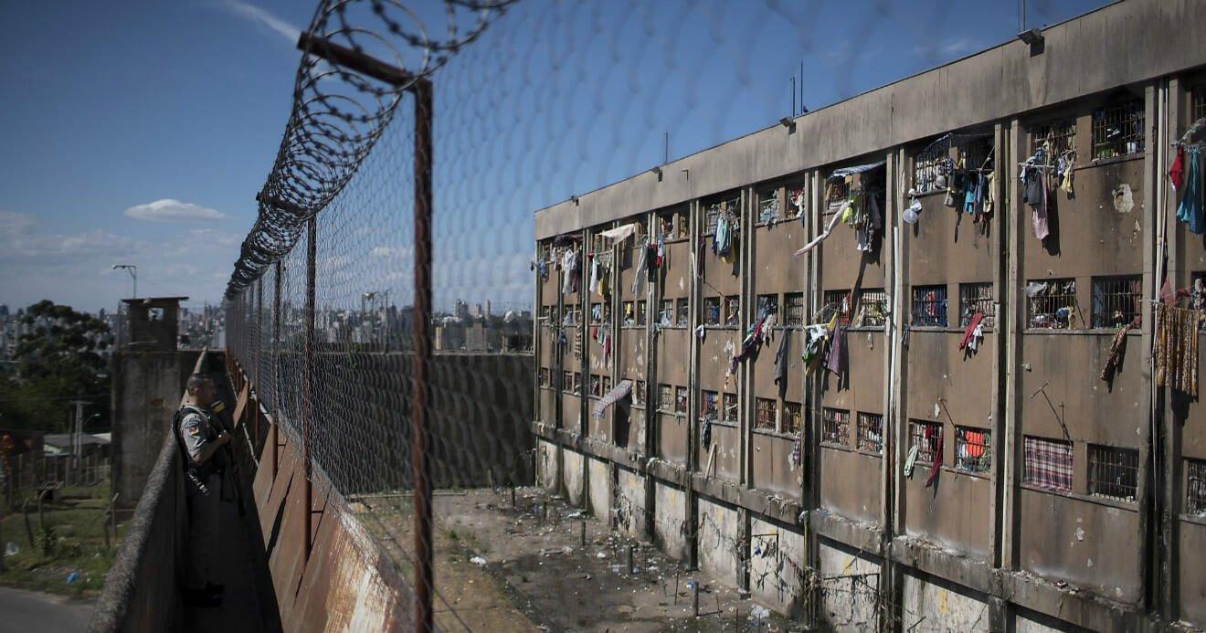 Falência da prisão e a necessidade de estímulo às penas alternativas
