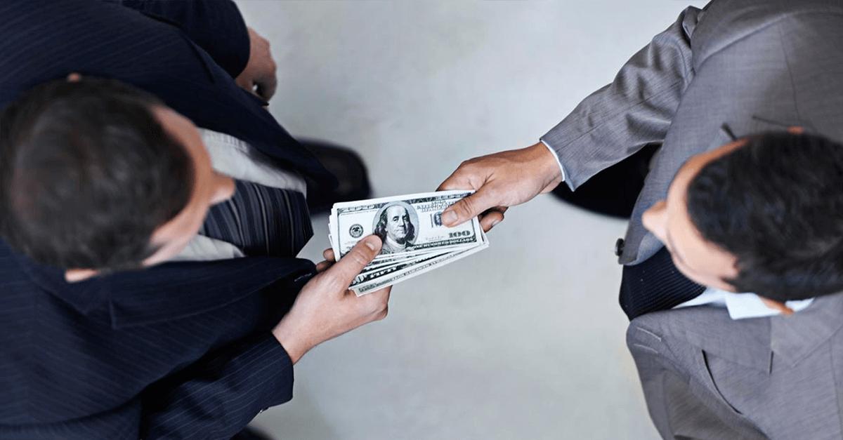 A corrupção deve ser incluída no rol de crimes hediondos?