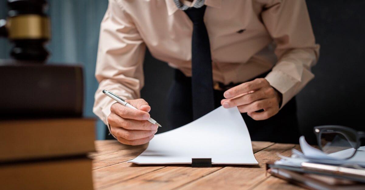 Por que NÃO criminalizar a violação das prerrogativas dos advogados?