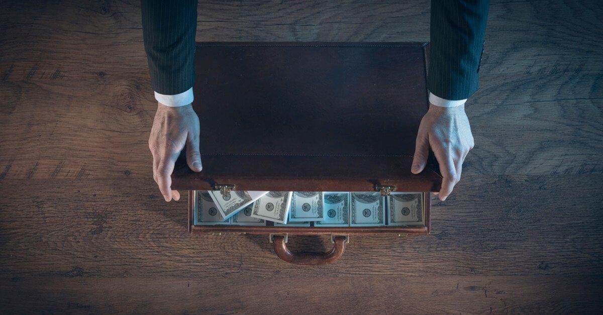 Advocacia, lavagem de capitais e omissão imprópria