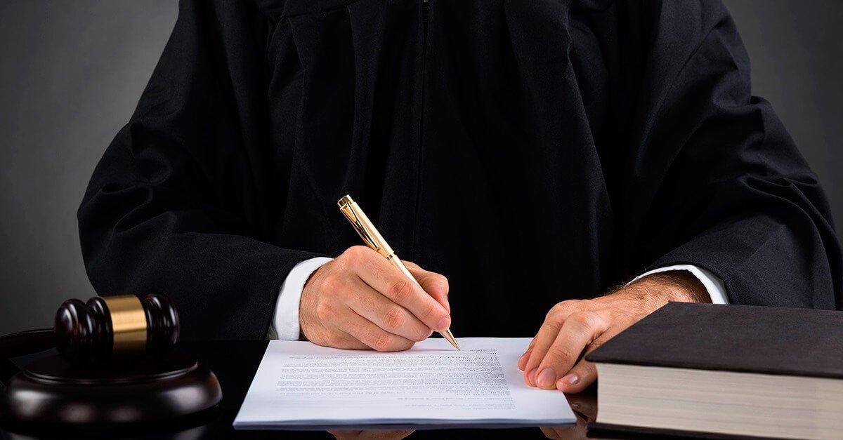O juiz como garante da investigação preliminar