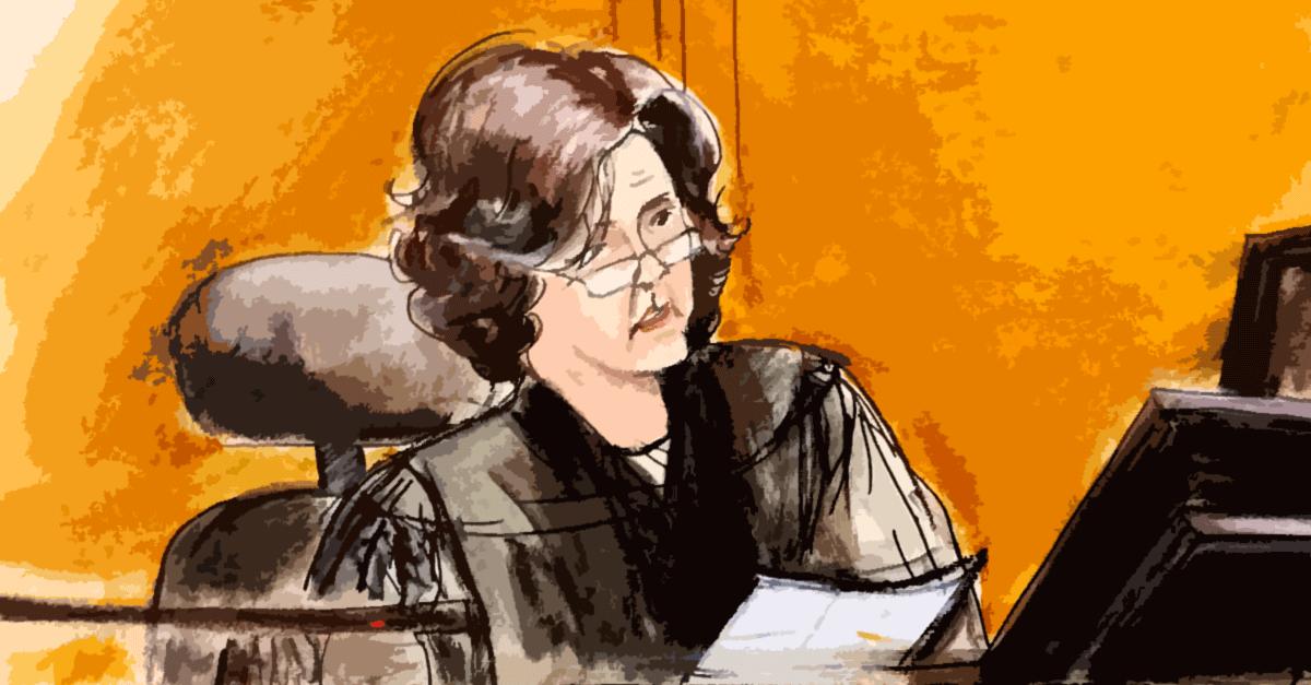 Qual é o papel do juiz nas audiências de instrução e julgamento?