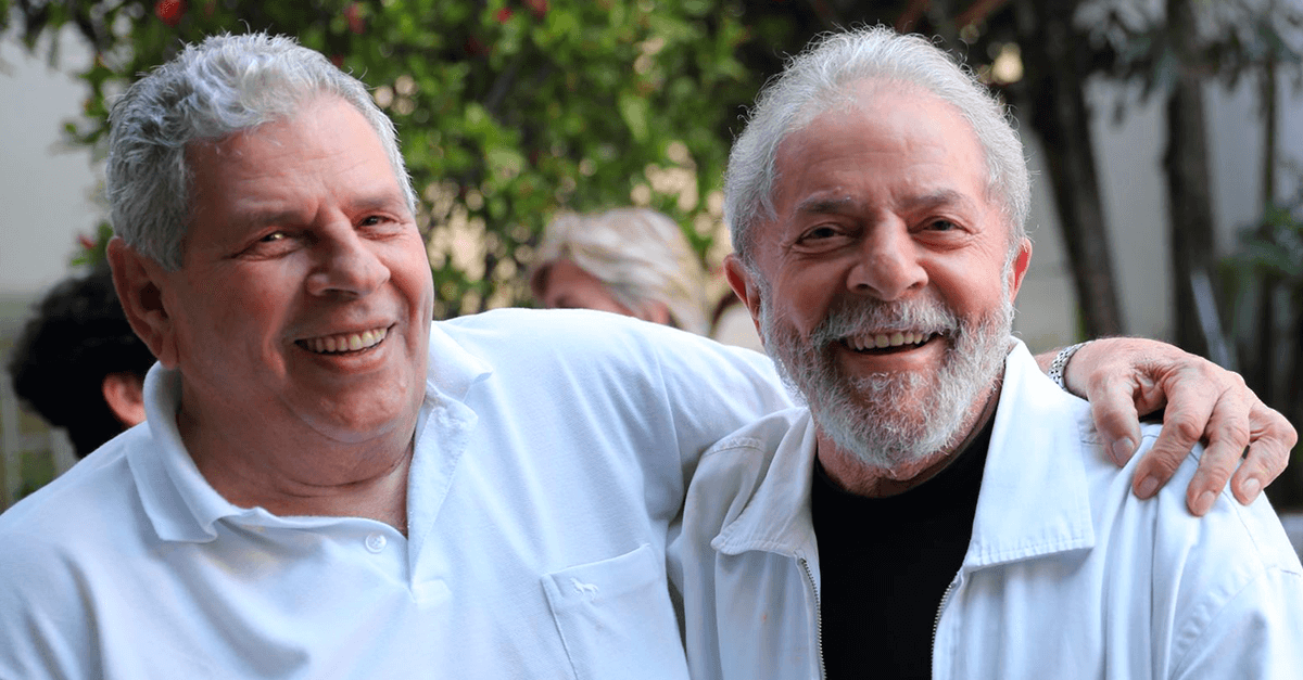 Era direito de Lula sentar-se à mesa com Nelson Gonçalves?