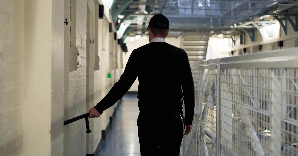 Projeto de lei tipifica o crime de atentado contra o sistema carcerário