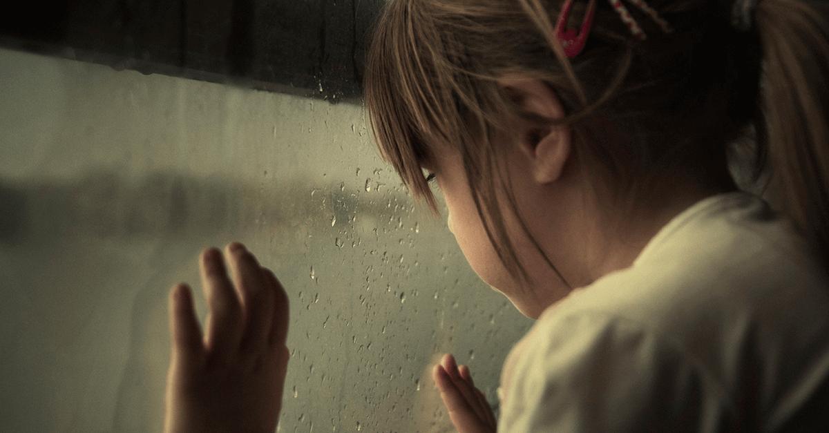 Abuso sexual intrafamiliar contra crianças e adolescentes