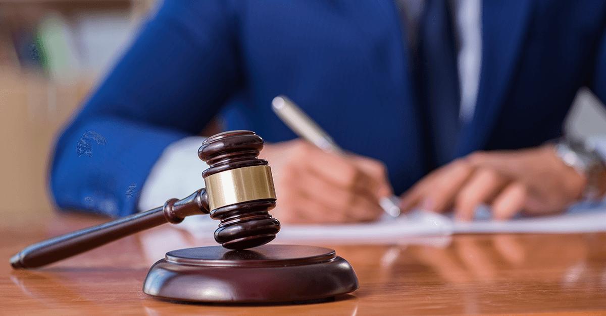Manter a prisão preventiva na sentença condenatória exige fundamentação exaustiva?