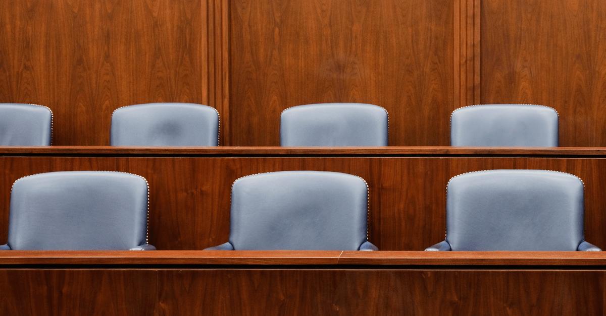STJ: 15 teses sobre Tribunal do Júri