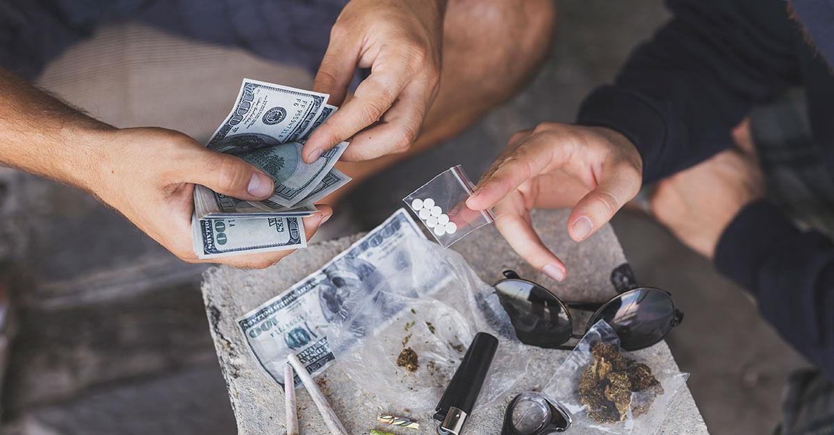Entenda o crime de associação para o tráfico de drogas
