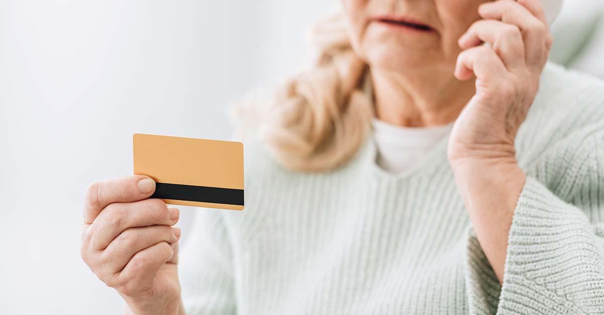 Filha é condenada por usar cartão de crédito da mãe sem autorização