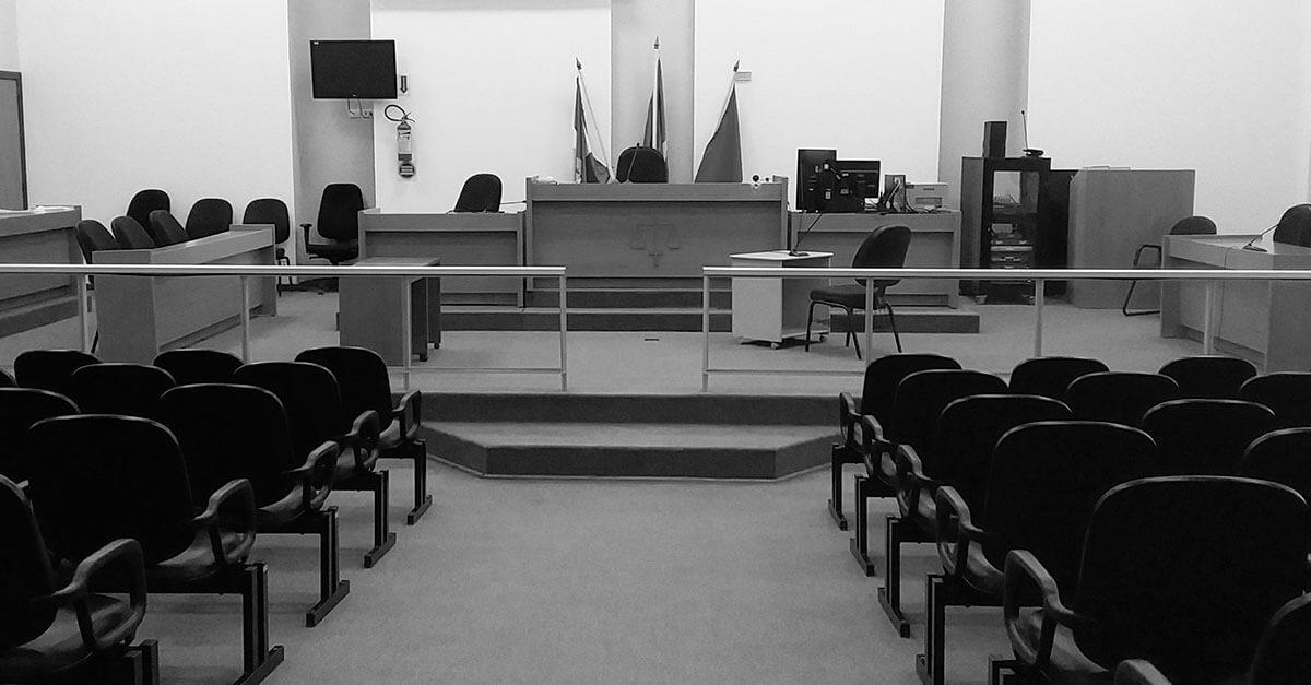 Entenda os problemas do modelo de votação dos jurados no Tribunal do Júri