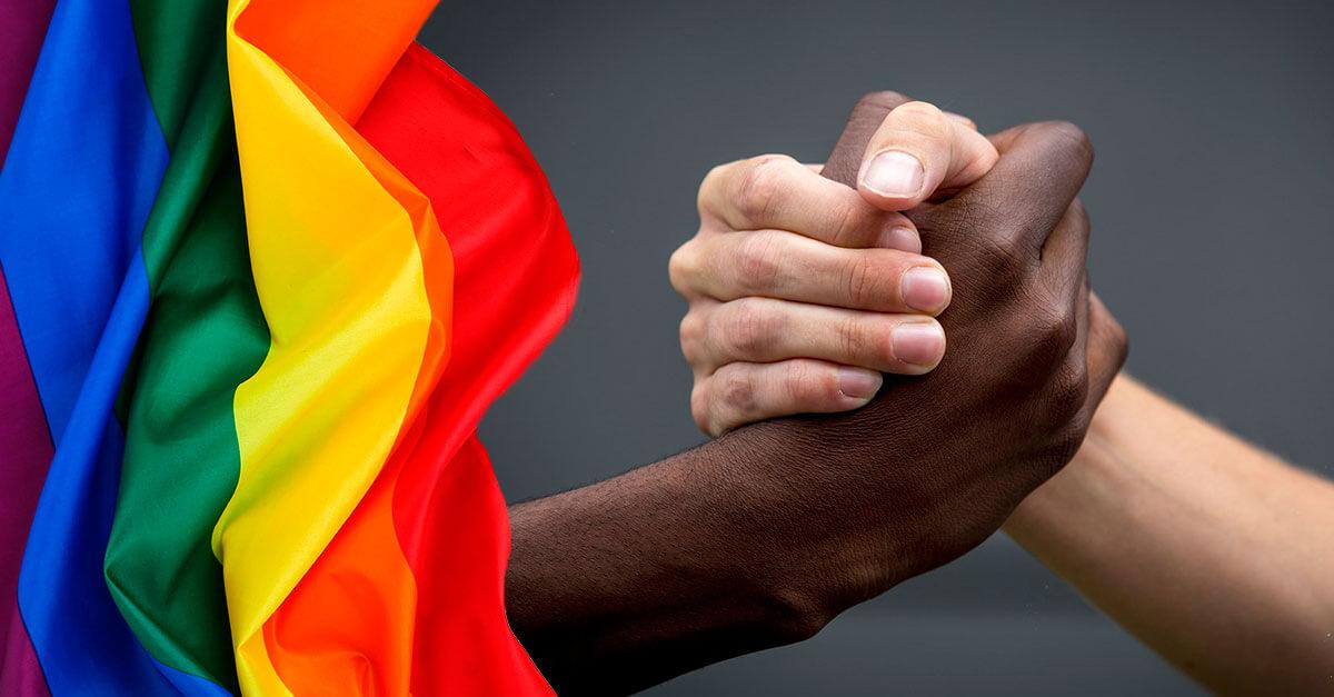 A inconstitucionalidade da equiparação do crime de homofobia e transfobia ao crime de racismo