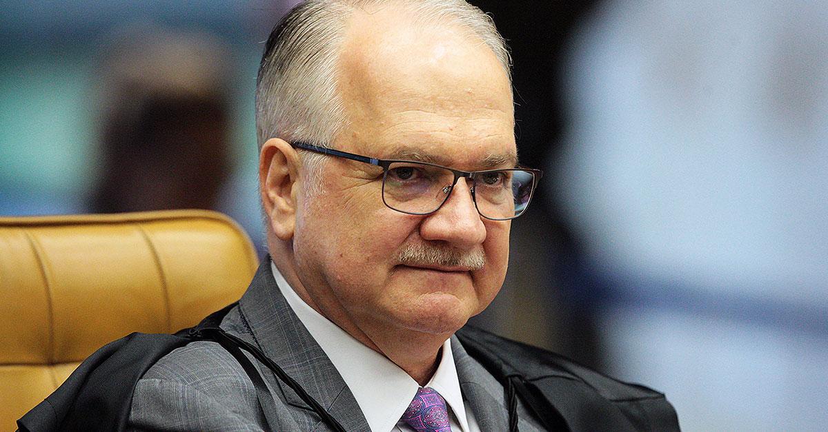"""""""Juiz não investiga, nem acusa"""", afirma ministro Edson Fachin"""