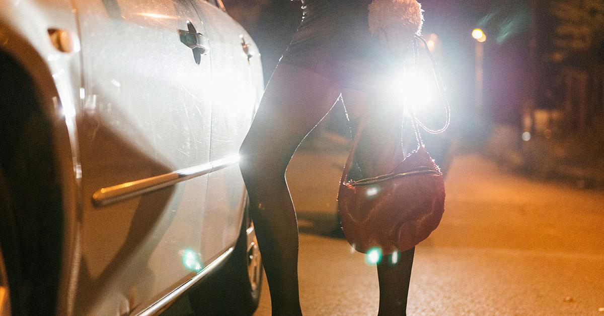 Consentimento afasta crime de tráfico internacional de pessoas para exploração sexual
