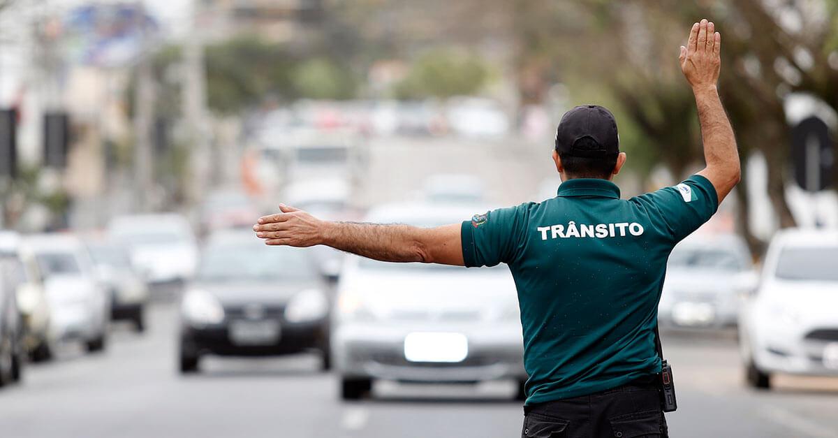 Da atipicidade penal no descumprimento de ordem de parada no trânsito
