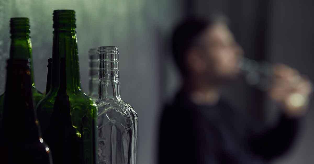 Desembargador do TJ/SC sugere que réu pare de beber álcool para pagar a fiança