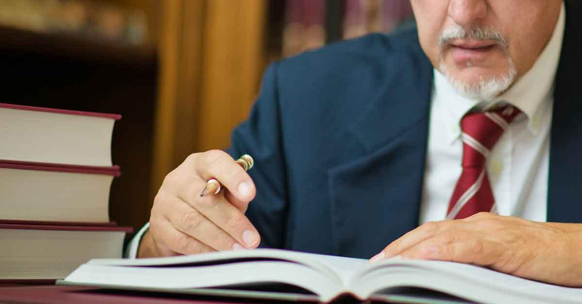 STJ: a imunidade em favor do advogado, no exercício da atividade, não abrange a calúnia