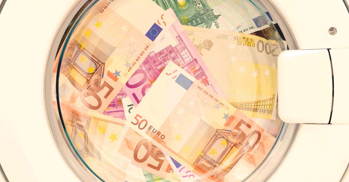 Autoria, participação e omissão nos crimes de lavagem de dinheiro