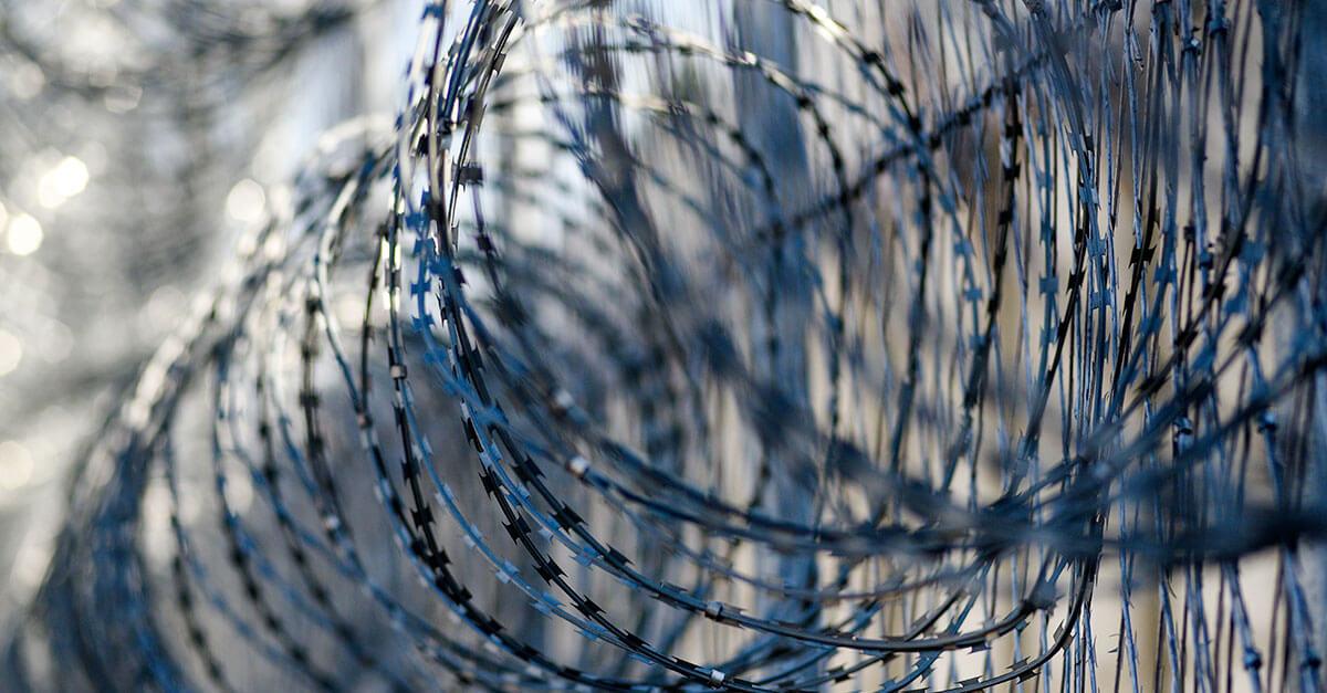A falácia da paridade de armas na execução penal
