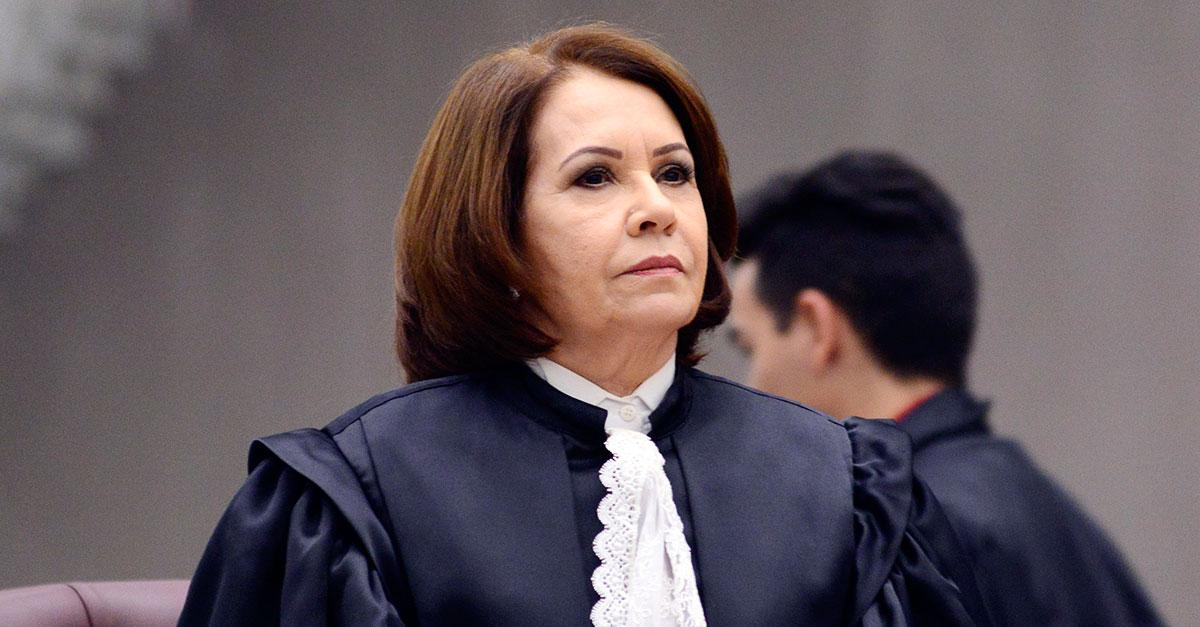 STJ: condenação por posse de droga para uso próprio não gera reincidência