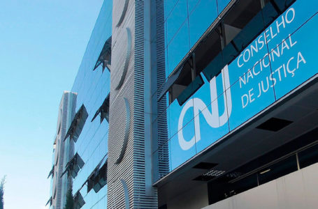 CNJ: juiz deve atender advogados em seu gabinete sem restrição de horários