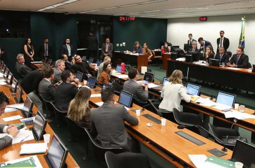CCJ aprova projeto de lei que obriga preso a ressarcir gastos com prisão