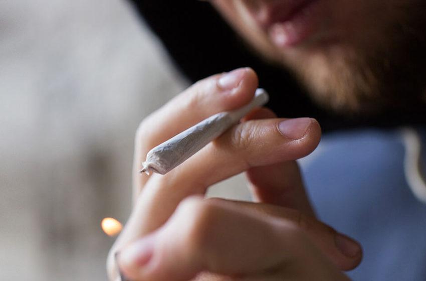 Drogas: crise paradigmática e alternativas ao modelo proibicionista