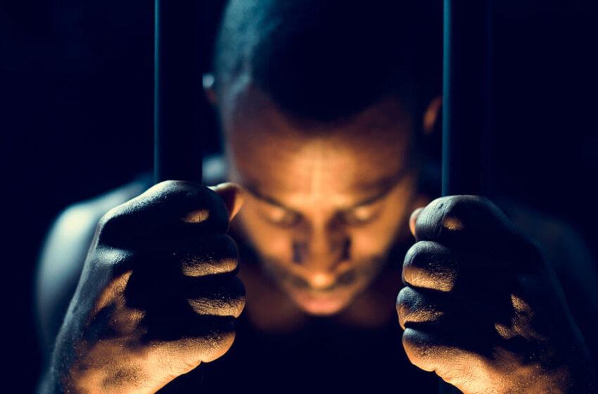 TJ-SC: homem preso ilegalmente tem direito a indenização